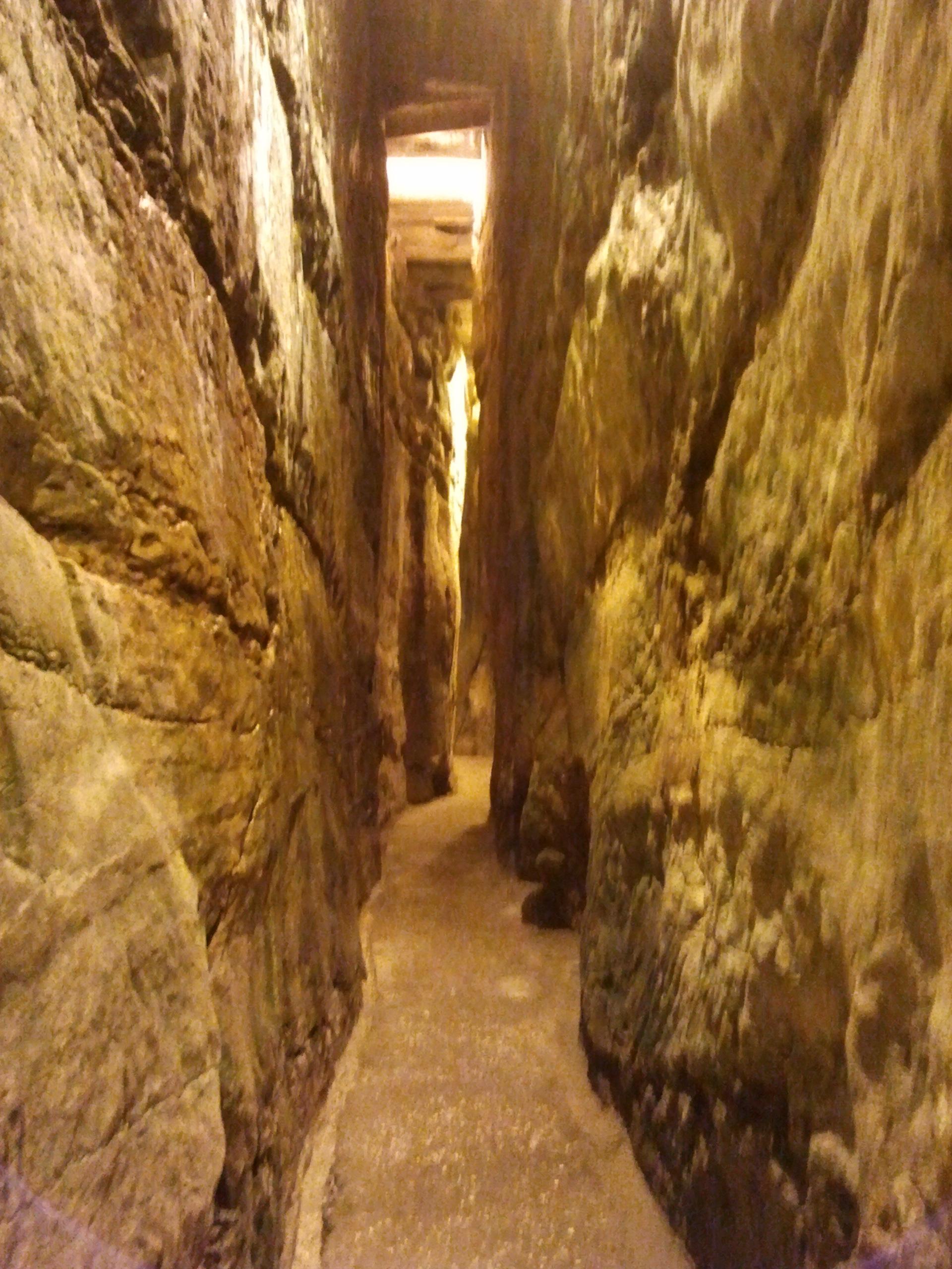 Les tunnels du kotel webcam